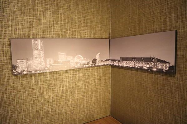部屋には横浜の風景写真♪