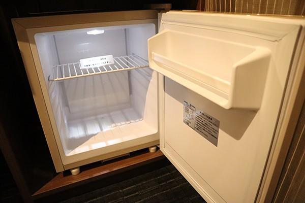 コンパクトな冷蔵庫も