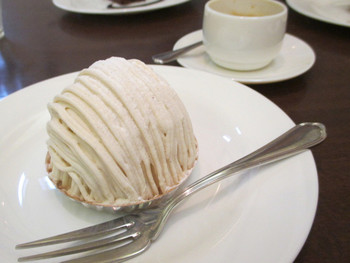 「Patisserie Rond-to」料理 780043 モンブラン & エスプレッソ